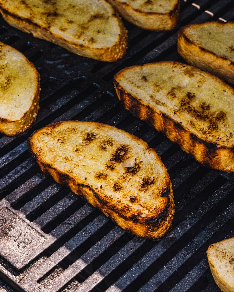 How to grill bread